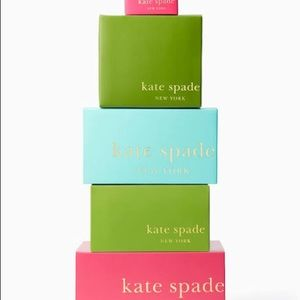kate spade Accessories - NWT Kate ♠️ Spade card holder